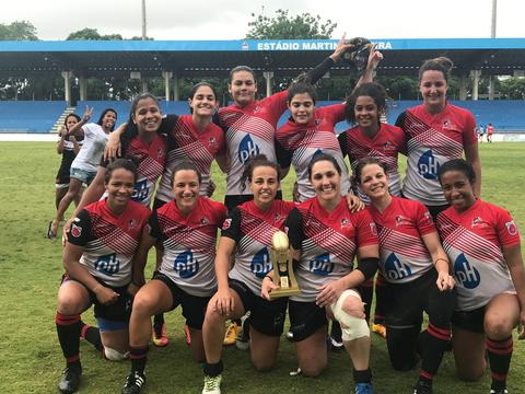Niterói vence etapa e esquenta disputa do Super Sevens
